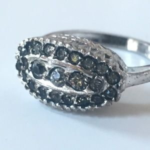 Size 8 STERLING SILVER fashion ring vintage regal